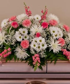 Adorn the casket with a loving and elegant casket spray during the funeral service. Nanz & Kraft offers express delivery of casket flowers to Louisville funeral homes backed by our satisfaction guarantee. Casket Flowers, Grave Flowers, Cemetery Flowers, Church Flowers, Funeral Flowers, Silk Flowers, Funeral Floral Arrangements, Flower Arrangements, Flower Shop Design