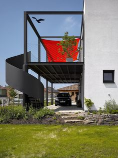 Garage Idea โรงจอดรถเท่ ๆ Shop Front Design, House Design, San Francisco Coffee, Shop House Plans, Black Exterior, Car Shop, Window Design, Facade, Home And Family
