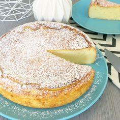 Aujourd'hui, je vous propose une recette étonnante : Le Migliaccio ! C'est un gâteau de semoule italien léger comme un nuage. Un subtile mélange entre le cheesecake, le gâteau de semoule et un flan bien épais. Un pur délice.