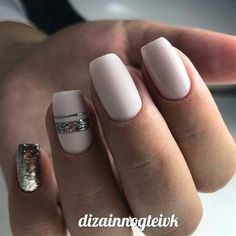Tendance Vernis : Really cool nails! - Tiph Gtz Tendance Vernis : Really cool nails! Tendance Vernis : Really cool nails! Fun Nails, Pretty Nails, Gold Nails, Matte Nails, Nagellack Trends, Nails 2018, Trendy Nail Art, Manicure E Pedicure, Fall Manicure