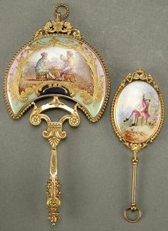 A PAIR OF FRENCH MINIATURE VANITY MIRRORS, PORCEL