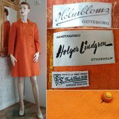 Vintage röd mönstrad dräkt jacka kavaj kjol syntet blommor stl 48 retro 70 tal