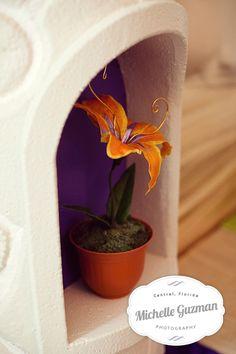 Magic Golden Flower from Disney's Tangled - Rapunzel birthday party - Decor Idea http://michelleguzman.com