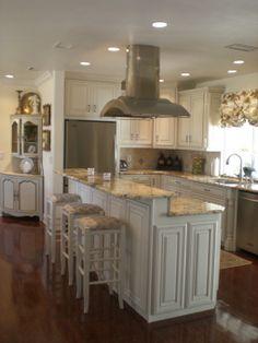 hgtv kitchens white | ... HGTV's FrontDoor DIYNetwork HGTV Products HGTV Magazine Watch HGTV