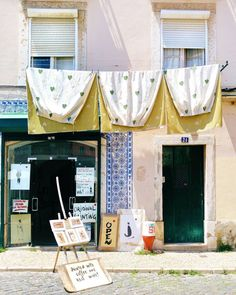 Every facade smells of freedom! . . .  This is Lisbon  . . . #lisbon #lisboa #lisbona #portugal #portogallo #igerslisboa #ig_lisboa #travelling #traveling #vscoeurope #facade #sky #skylovers #high #building #ig_portugal #igersportugal #panorama #paradise #perspective #vsco #love #sunday #amazing #streetleaks #topeuropephoto #rsa_vsco #seetoshare #street_photography #travellingthroughtheworld