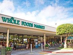 ハワイ産とオーガニック&ナチュラルにこだわった全米展開の高級オーガニックストア、ホールフーズ・マーケット。自分土産にもぴったりなお洒落な食品や雑貨、コスメが見つかる人気のショッピングスポットです。