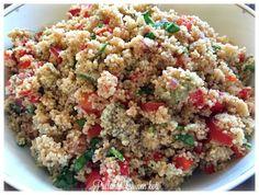 Ihanan hapokas, aavistuksen tulinen ja mukavan raikas couscous -salaatti sopii moneen.