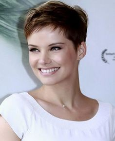 what does a pixie haircut look like what does the wedge haircut look like hairstyle 2013 2801