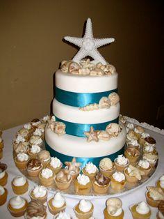 ... de mariage: plage. Gâteau vanille, glaçage buttercream vanille