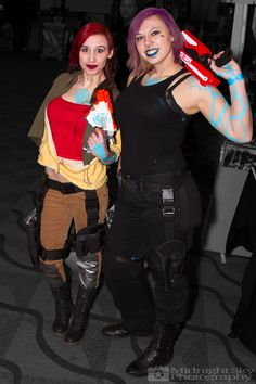#Lilith and #Maya from #Borderlands #Siren #Cosplay from #SteelCityCon #ComicCon ----- Check out more of my photography @ http://www.facebook.com/MidnightSkyPhotography (Link in Profile) ----- #MidnightSkyPhotography #MidSkyPhoto