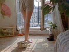 "eric-rohmer: "" Le rayon vert by Éric Rohmer "" Paris Film, Roses Pink, Film Inspiration, French Films, Film Aesthetic, Film Stills, Short Film, Summer Fun, Summer Vibes"