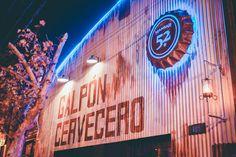 #CervezaArtesanal #Patagonia #CraftBeer #Argentina Craft Beer, Patagonia, Fair Grounds, Neon Signs, Bar, Travel, Design, Argentina, Viajes