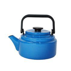 Enamel 2 Liter Kettle