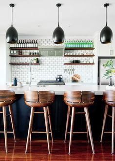 12 best-selling bar stools to elevate your kitchen Wooden Kitchen Stools, Kitchen Dinning, Kitchen Chairs, Bar Chairs, Kitchen Furniture, Furniture Design, Kitchen Cabinets, Cool Bar Stools, Modern Bar Stools