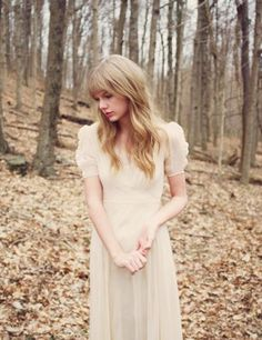 .Fact: Taylor wanted to make the Safe & Sound music video as realistic and natural as possible, so she rarely wears any makeup in the video.
