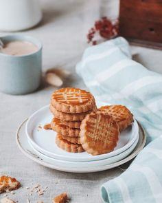 Saveur, Waffles, Bakery, Breakfast, Food, Recipe, Morning Coffee, Eten, Bakery Business