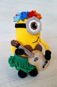 Crochet Hawaiian Minion Amigurumi - Free English Pattern