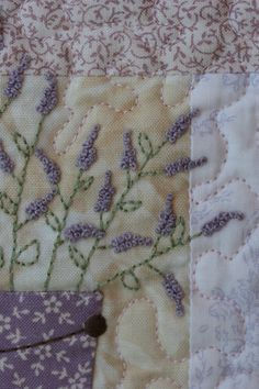 Love this! Might have to do something like this when I make my French Lavender Quilt