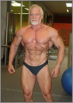 Miroslav Frost, competing in the category of bodybuilding masters men from 60 to 65 years