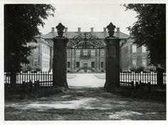 Finckenstein, Schloss, Eingangstor