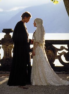 Pin for Later: The 30 Most Iconic Film Wedding Dresses of All Time Star Wars: Episode II, Attack of the Clones