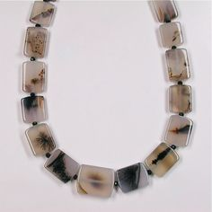 Dendritic agate spinel necklace