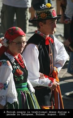 Traditional Dress | Polish. V   - Explore the World with Travel Nerd Nici, one Country at a Time. http://TravelNerdNici.com