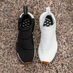 """No te pierdas lo último de """"The Brand with the 3 stripes""""  El NMD CS1 Gum ya está en nuestras tiendas y en https://www.zapatosmayka.es/es/catalogo/hombre/adidas-originals/deportivos/zapatillas/421060060902/nomad-cs1-pk/"""