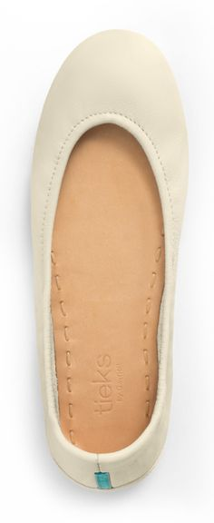 Old meets new in this stylish reinvention of the ballet flat. Cream Tieks are designed to look exquisite with any outfit.