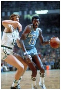 """In the when was with the he was one of the top big men in the league. Great outside shooter, could rebound, block shots, defend. And then he gets traded several times and his career is never the same. Phill What: """"Bob Mcadoo: The original stretch big"""" I Love Basketball, Basketball Pictures, Basketball Legends, Basketball Jones, Nba Players, Basketball Players, Basketball Shirts, Basketball Cards, Nba Mvp Award"""