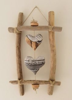 Driftwood: 21 DIY inspirations to integrate it into your decoration - best . - Driftwood: 21 DIY inspirations to integrate it into your decoration – best decorating ideas – # - Driftwood Frame, Driftwood Projects, Driftwood Ideas, Beach Crafts, Diy And Crafts, Arts And Crafts, Decor Crafts, Home Decor, Diy Inspiration