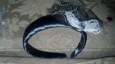 Black headband w/ removable bow