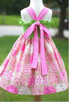 Girls' Twirl Dress.....I think I would actually break the sewing machine back out to make this one! ADORABLE!!!! :)