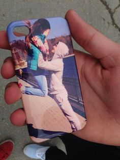 Personalized phone case (240 lei)