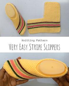 Knit Very Easy Stripe SLippers Beginner Knitting Patterns, Knitting For Beginners, Easy Knitting, Knitting Socks, Start Knitting, Knitted Socks Free Pattern, Crochet Slipper Pattern, Crochet Mittens, Striped Slippers