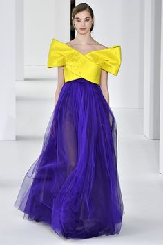 Delpozo served up an off the shoulder top and full tulle skirt in bold colors on the Fall 2017 runway.