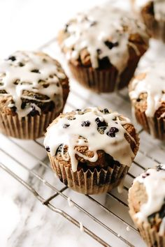 One Bowl Vegan Blueberry Muffins Nutritious Breakfast, Vegan Breakfast Recipes, Vegan Recipes, Vegan Muffins, Healthy Muffins, Healthy Fats, Whole Wheat Blueberry Muffins, Blue Berry Muffins, Vegan Sweets