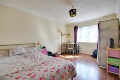 Studio to rent - Newcourt, Uxbridge, Middlesex Rent Studio, Rent In London, Bed, Furniture, Home Decor, Decoration Home, Stream Bed, Room Decor, Home Furnishings