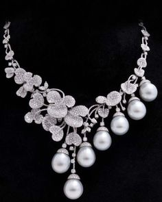 South Sea Pearl, Diamond and 18K Gold Necklace