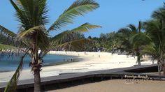 Praia de Pemba, Moçambique. Pemba é uma cidade moçambicana, sede de município e capital da província de Cabo Delgado. Até 1976 a cidade tinha o nome de Porto Amélia.