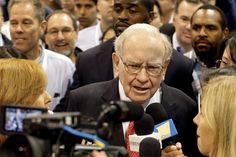 10 October 2016 http://www.nytimes.com/2016/10/11/business/buffett-calls-trumps-bluff-and-releases-his-tax-return.html