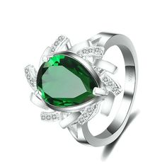 Sterling Silver Stunning Pearl Shaped Green Emerald Ring Sz 7-9