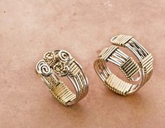 Learn how to wire wrap rings in this FREE eBook! #diyrings #jewelrymaking