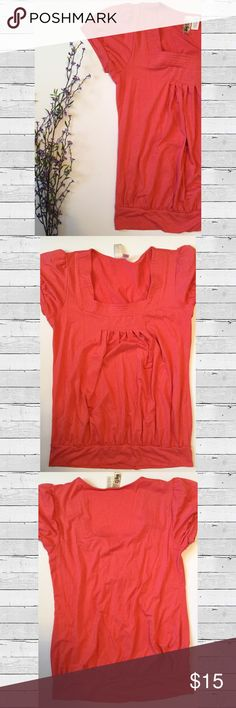 🆕 Tangerine Square Neck Banded Top Square neck top with banded hem, small bands on sleeves, and pleated neckline in a beautiful tangerine color. Tops Blouses