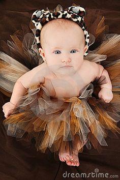 BABY GIRL IN ANIMAL TUTU