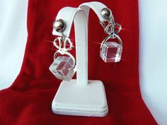 VINTAGE SILVER PLATE CLEAR LUCITE CUBE DANGLE CLIP EARRINGS