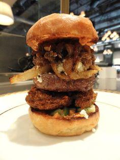 Shawarma Lamb Burger with Smashed Falafel Burger Places, Lamb Burgers, Crispy Potatoes, Lebanese Recipes, Piece Of Bread, Shawarma, Ground Meat, Falafel, New Recipes