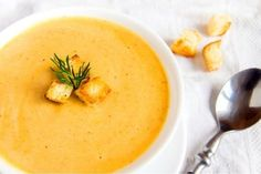 Roasted Butternut Squash Soup – Land Of Recipes Crockpot Recipes, Soup Recipes, Cooking Recipes, Roasted Butternut Squash Soup, Winter Soups, Soup And Sandwich, Soup And Salad, Soups And Stews, Food To Make