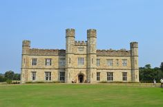Leeds castle by Liilly Grenouille