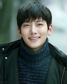 That smile tho :3